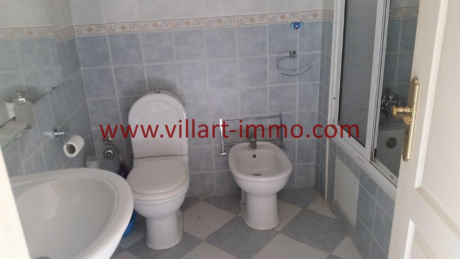 7-location-appartement-meubles-tanger-iberia-salle-de-bain-l1012-villart-immo-maroc