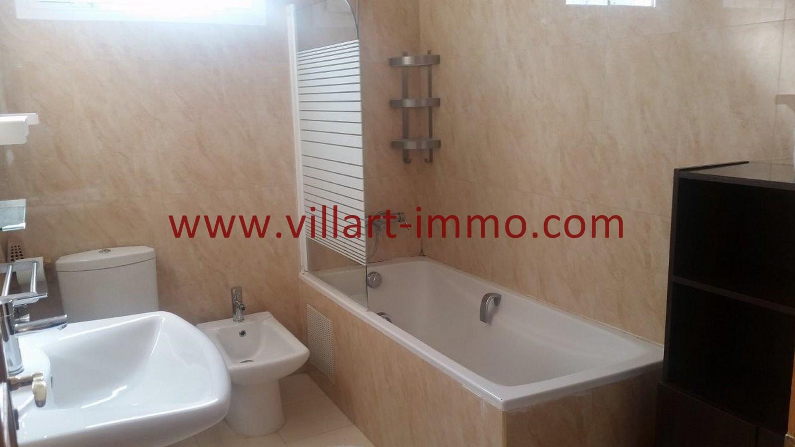 8-A louer-Appartement-Meublé-Tanger-Salle de bain-L911-Villart immo