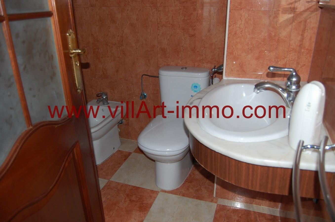 8-a-louer-appartement-non-meuble-tanger-salle-de-bain-2-l891-villart-immo