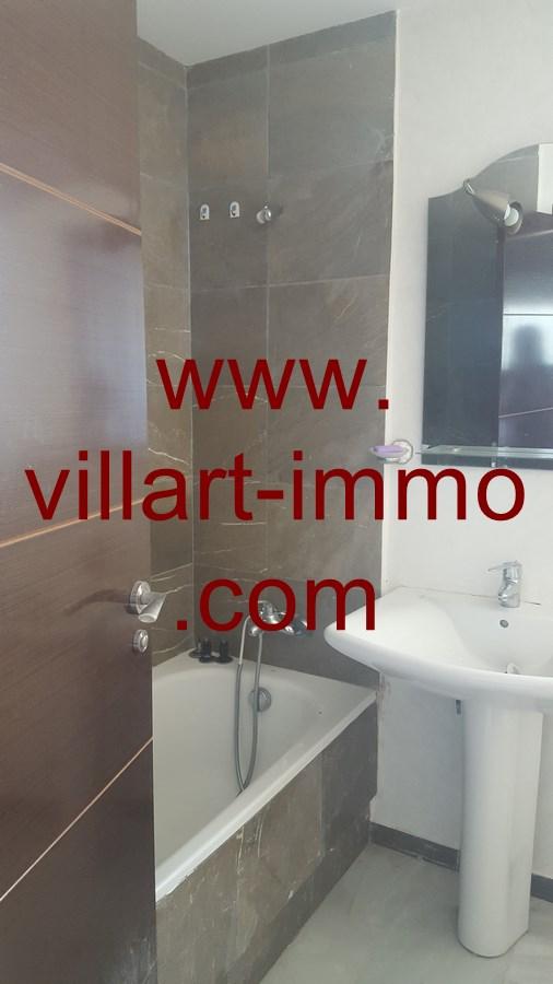 8-a-vendre-appartement-tanger-quartier-playa-salle-de-bain-1-va433-villart-immo