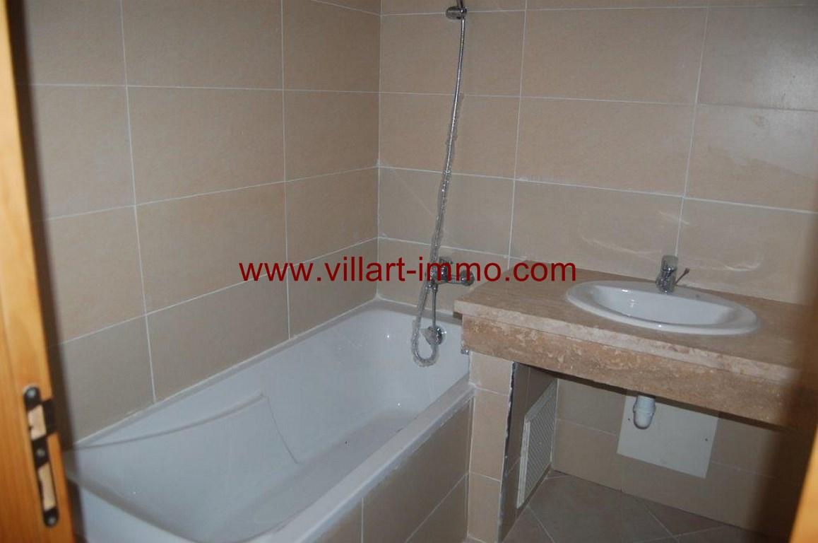8-location-appartement-non-meuble-route-de-rabat-salle-de-bain-agence-immobiliere-villart-immo-l1007