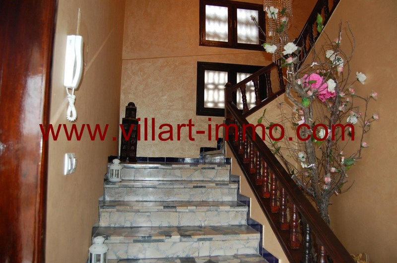 8-location-local-commercial-malabata-tanger-entree-lc961-villart-immo