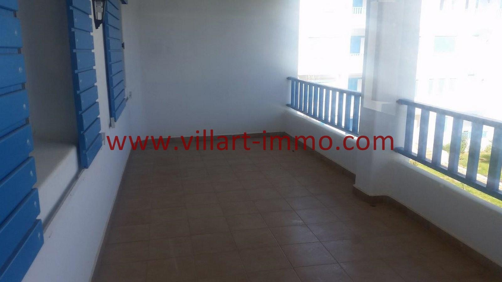 8-vente-appartement-region-tetouan-mdiq-terrasse-va395-villart-immo