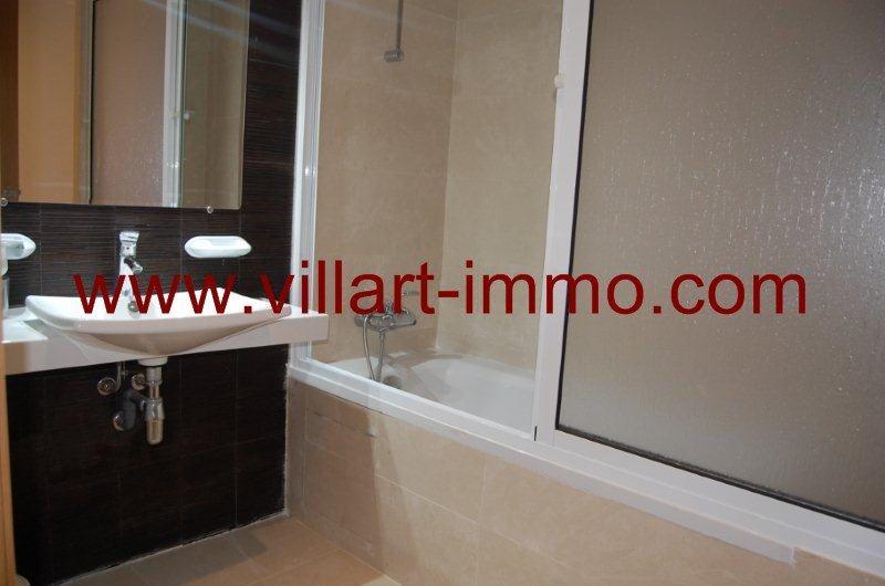 9-a-louer-appartement-meuble-tanger-malabata-salle-de-bain-1-l904-villart-immo