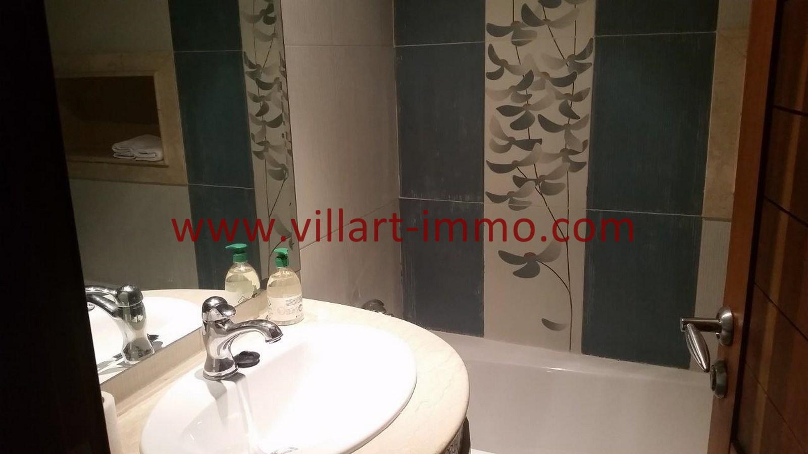 9-a-louer-appartement-meuble-tanger-salle-de-bain-2-l918-villart-immo