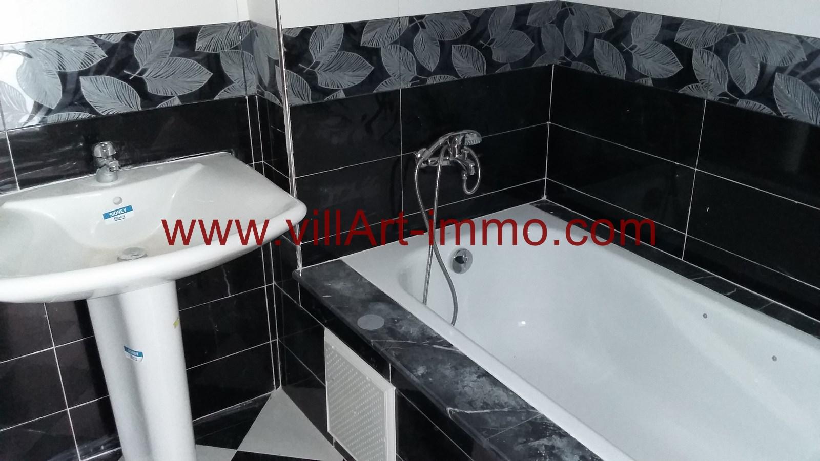 9-a-louer-appartement-non-meuble-tanger-salle-de-bain-2-l881-villart-immo