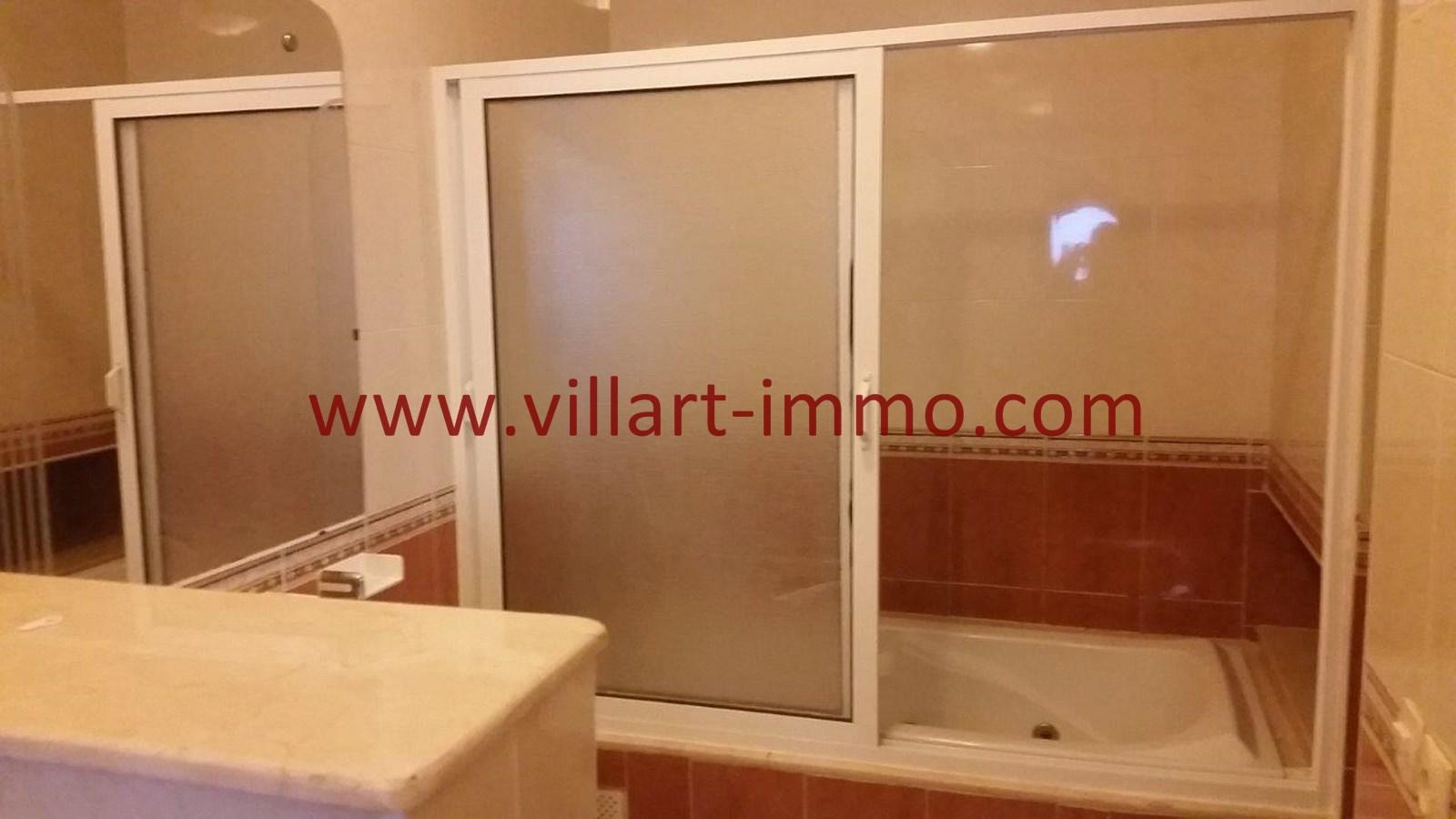 9-a-louer-villa-non-meublee-tanger-salle-de-bain-2-lv901-villart-immo