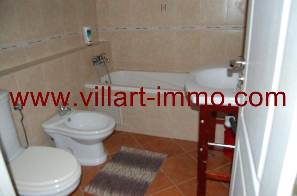 9-location-appartement-meuble-malabata-tanger-salle-de-bain-2-l817-villart-immo