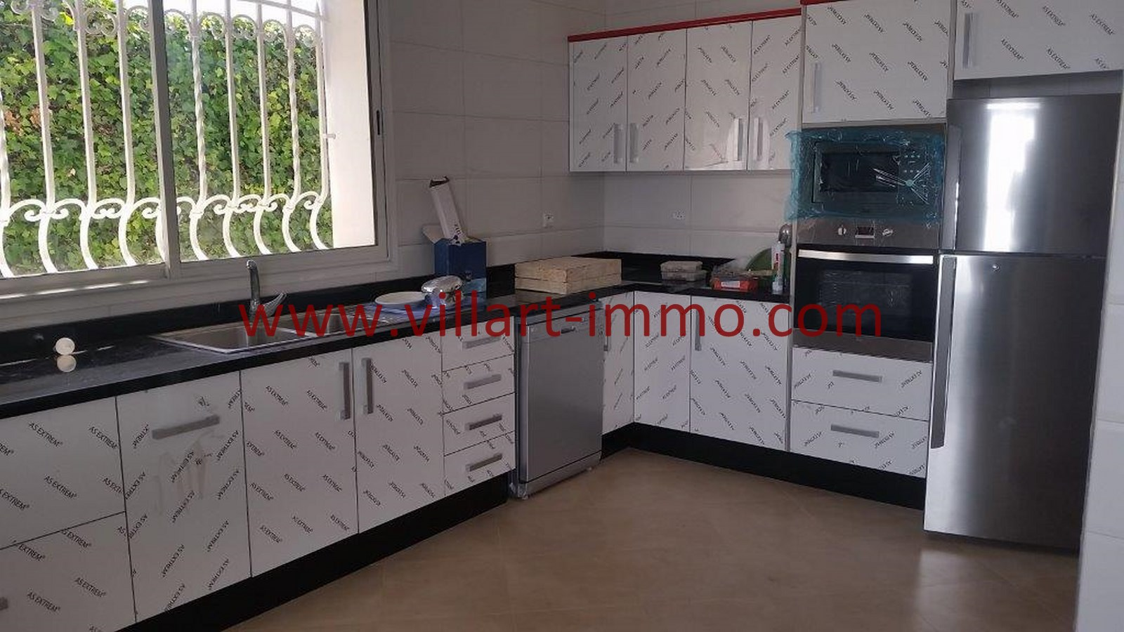9-vente-villa-tanger-la-montagne-cuisine-1-vv450-villart-immo