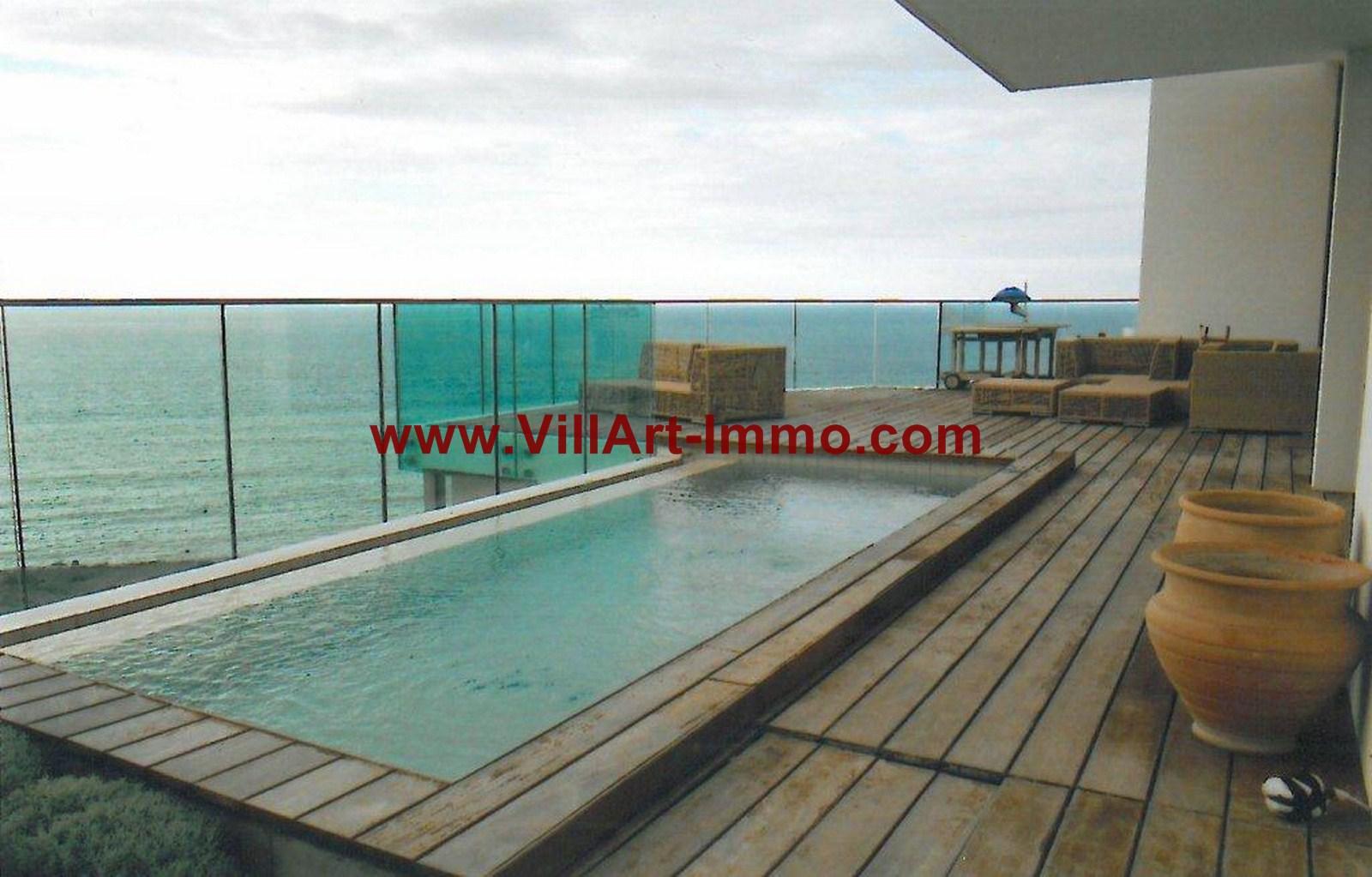 Appartement avec piscine priv e et vue sur la baie de for Location appartement avec piscine