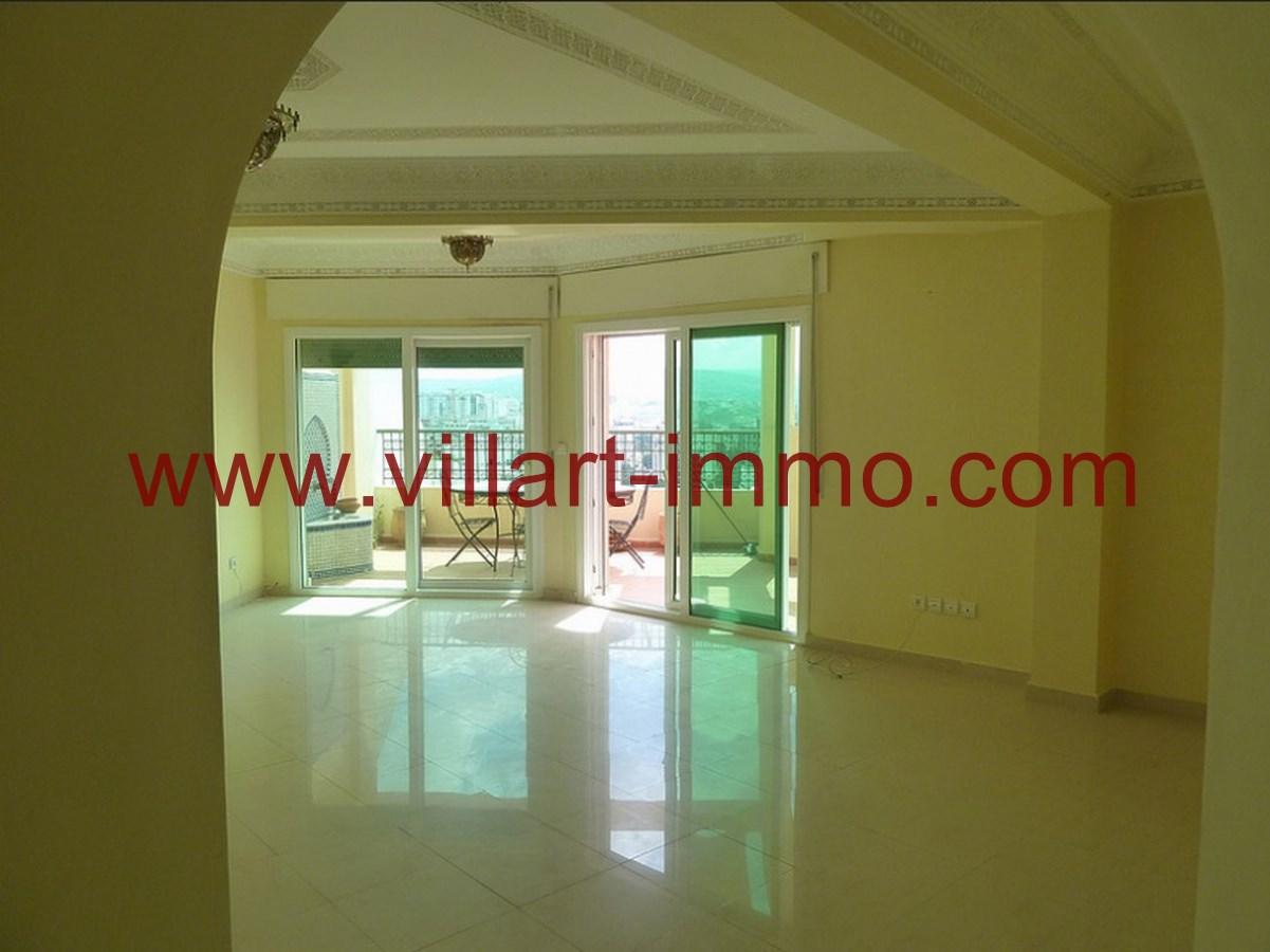 1-Location-Appartement-Non meublé-Tanger-Salon-L718-Villart immo