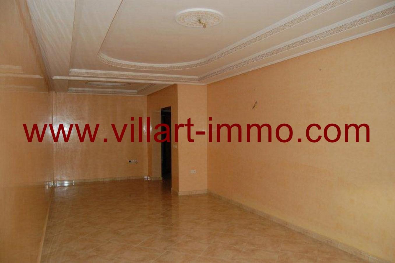 1-location-appartement-non-meuble-tanger-salon-l623-villart-immo