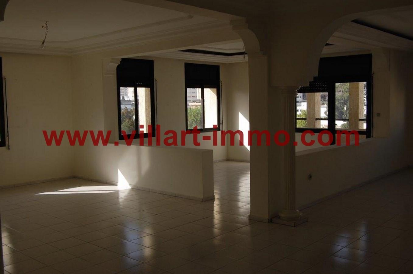 1-Location-Appartemnt-Non meublé-Tanger-Salon 1-L731-Villart-immo