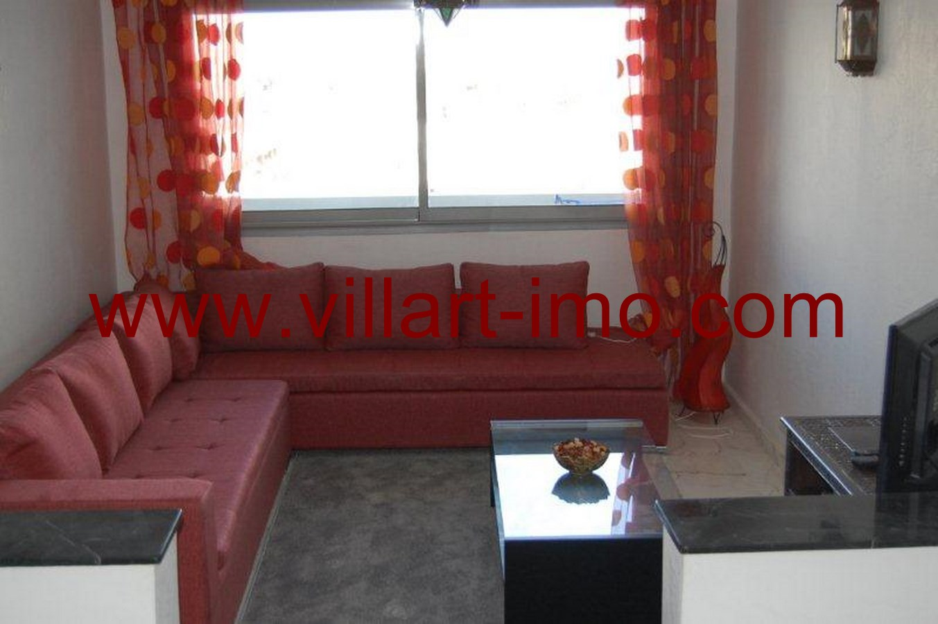 1-Location-Tanger-Appartement-Centre-Ville-L563-Salon