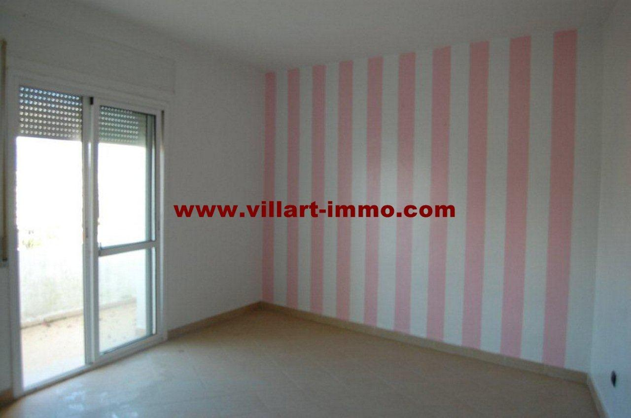 1-Vente-Appartement-Tanger-Salon 1-VA468-Villart Immo