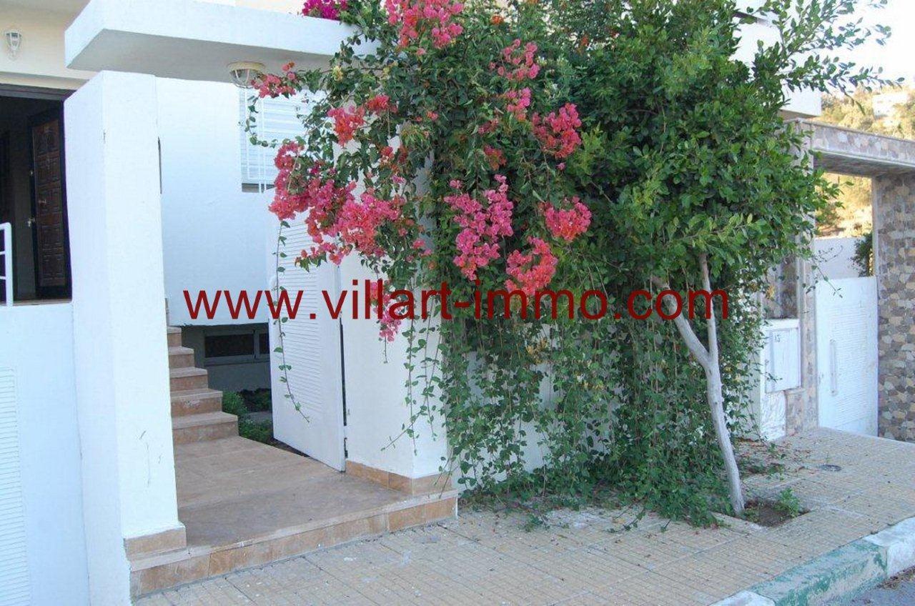 1-Vente-Villa-Tanger-Achakar-Entrée-VV268-Villart Immo