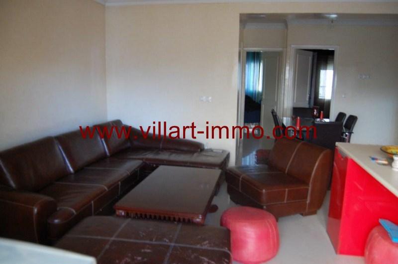 1-location-Appartement-Non Meublé-Tanger-Nejma-Salon 1-L1022-Villart Immo-Maroc