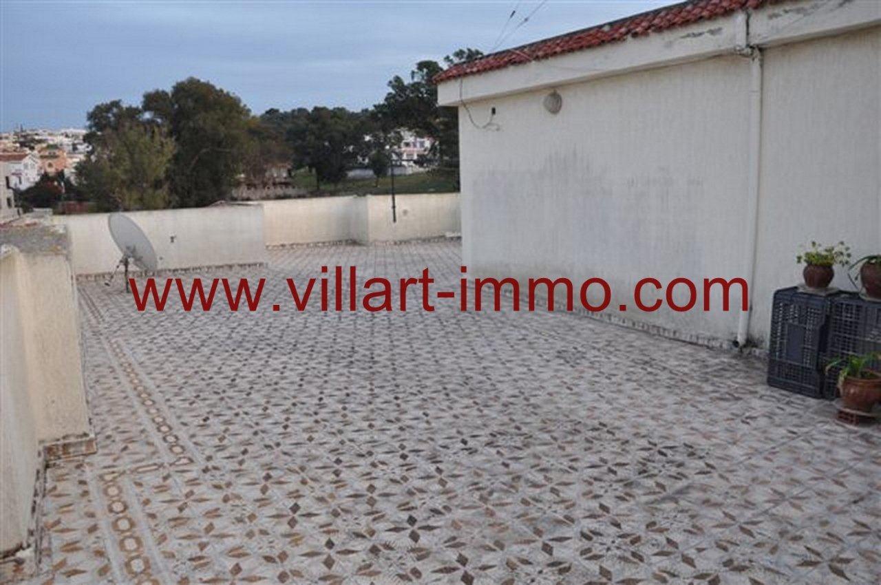 11-Vente-Villa-Tanger-California-Terrasse 2-VV218-Villart Immo
