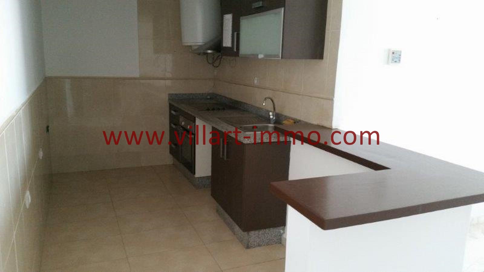 2-location-appartement-non-meuble-centre-ville-tanger-cuisine-l803-villart-immo