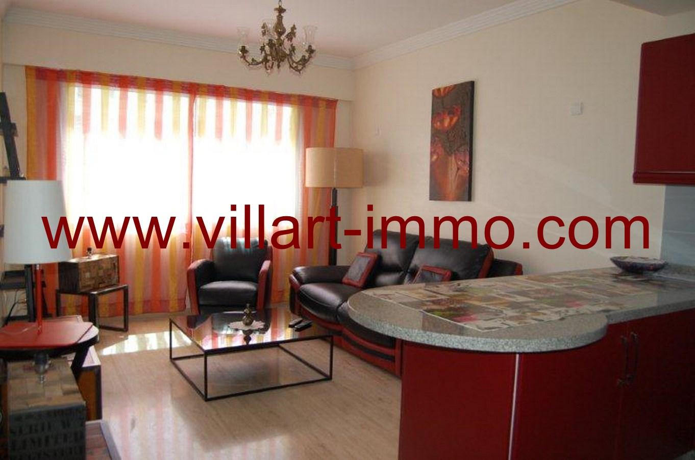 2-Location-Appartement-meublé-Tanger-Salon-L678-Villart-immo