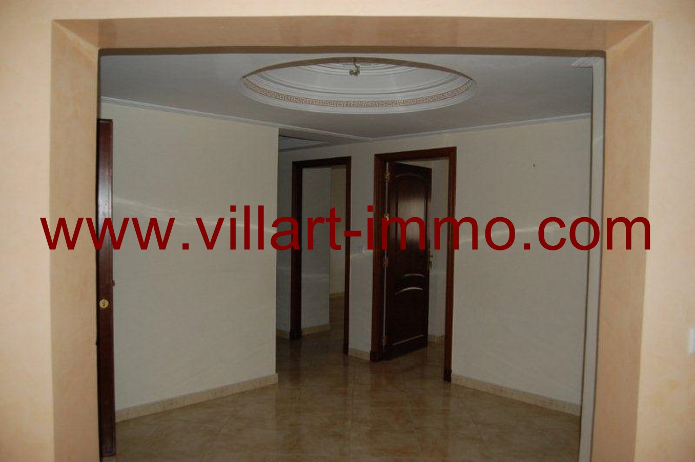 2-location-appartement-non-meuble-tanger-couloir-l623-villart-immo