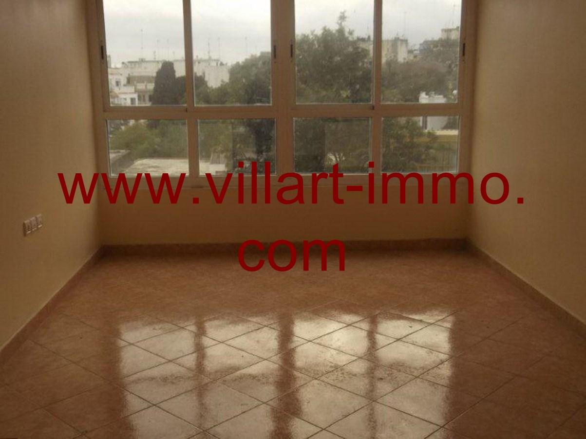 2-Location-Appartement-non meublé-Tanger-salon-L616-Villart-immo