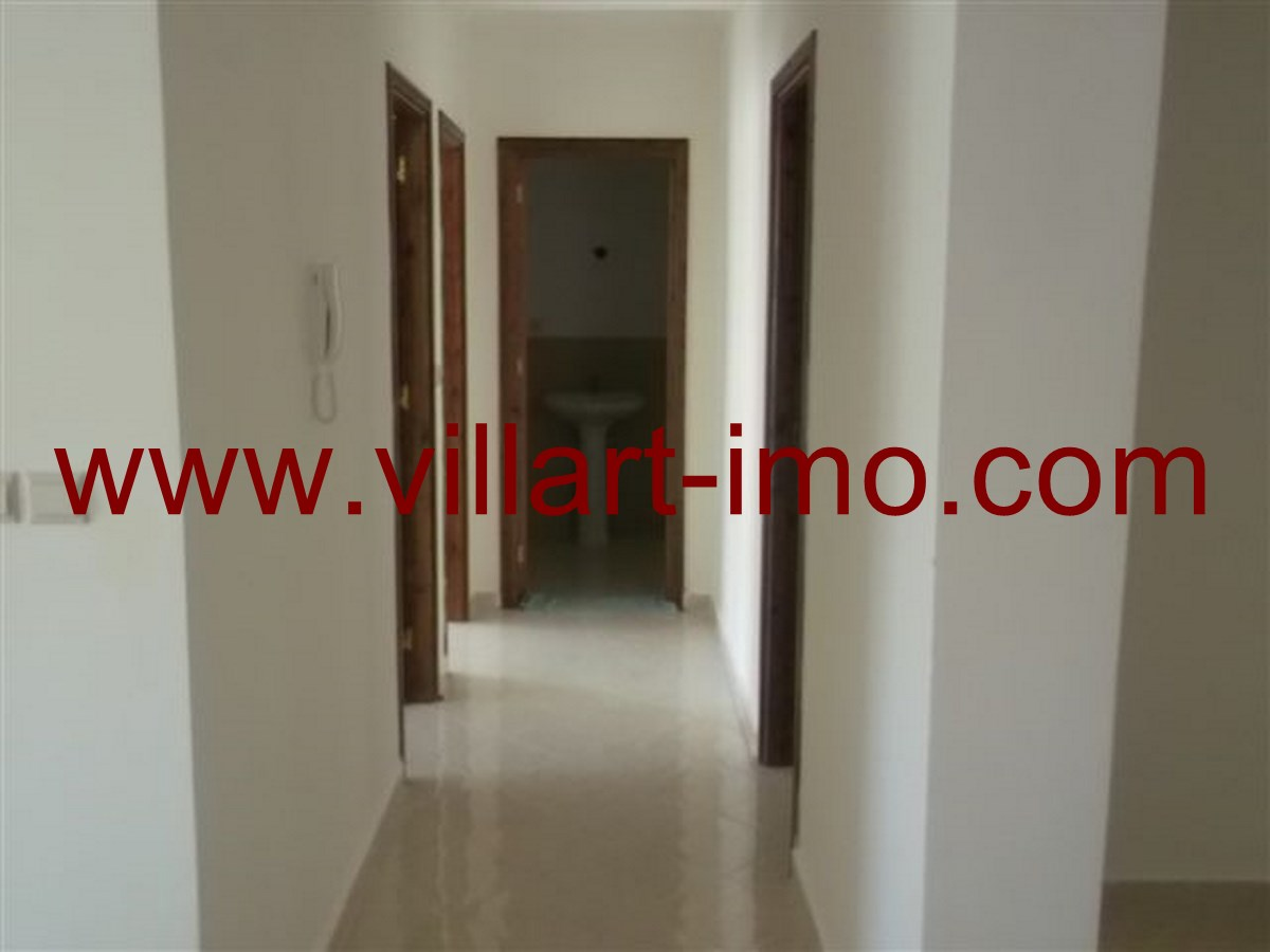 2-Location-Tanger-Appartement-Non meublé-L532-Couloir