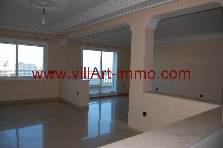 2-Location-appartement-Non meublé-Tanger-salon 1-L763-villart-immo