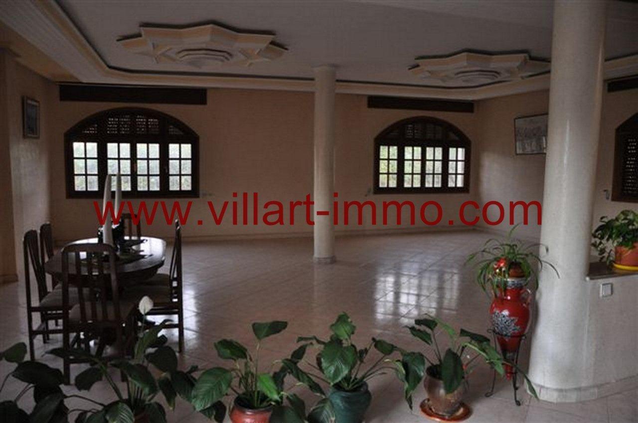 2-Vente-Villa-Tanger-California-salon 1-VV218-Villart Immo