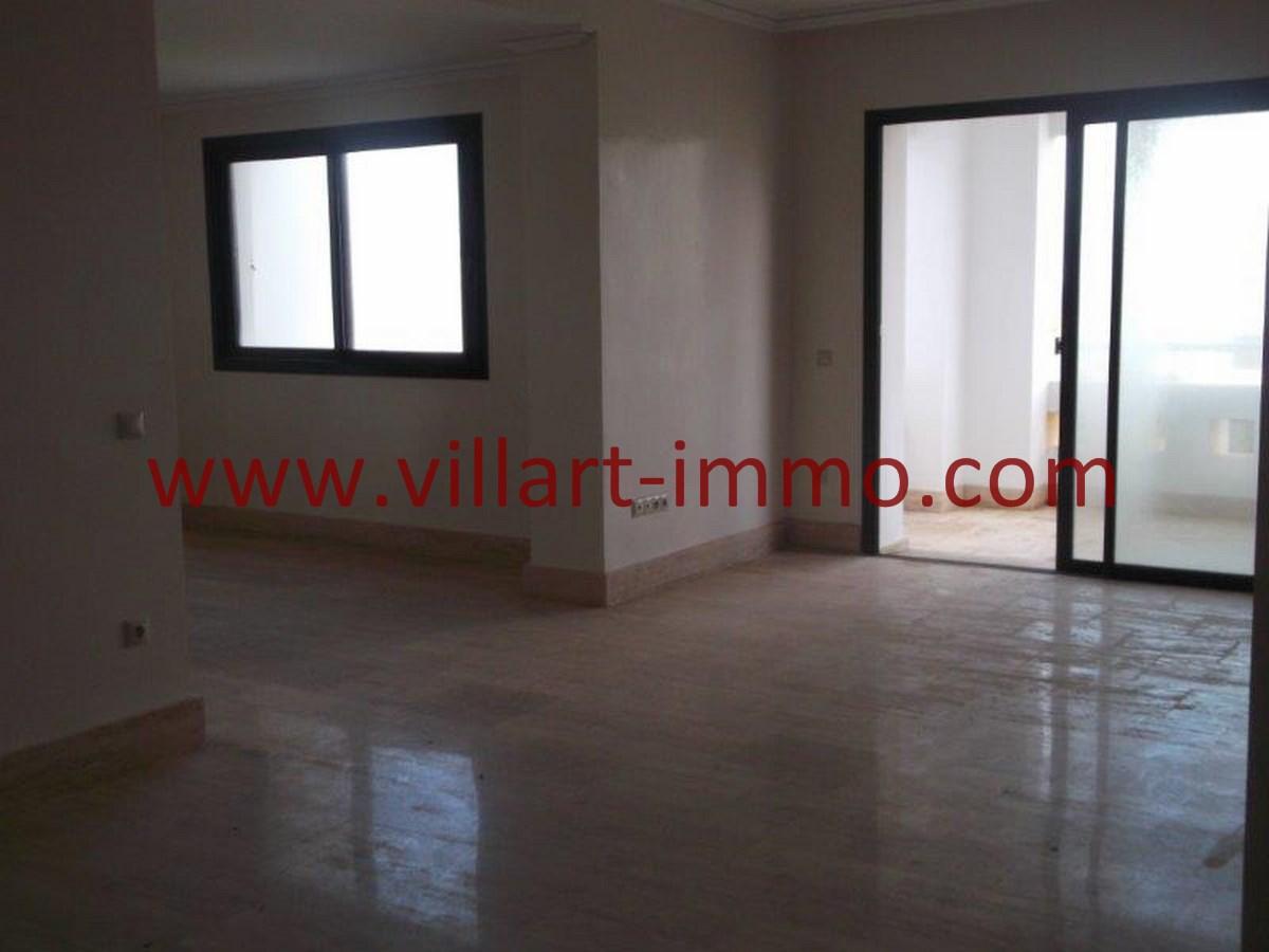 3-location-appartement-non-meuble-achakar-tanger-salon-l794-villart-immo