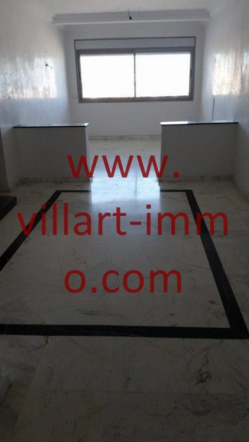 3-location-appartement-non-meuble-centre-ville-tanger-entree-salon-l803-villart-immo