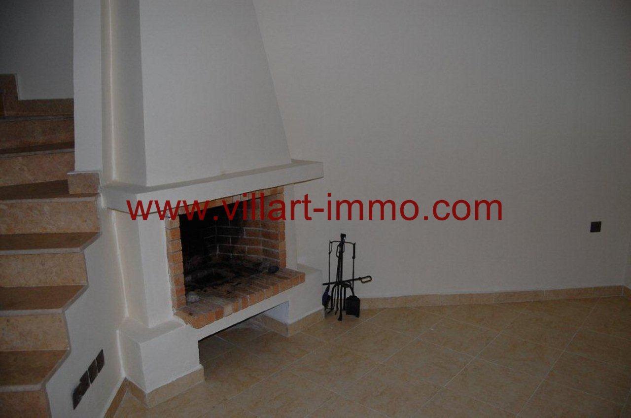 3-Vente-Villa-Tanger-Achakar-Salon 1-VV268-Villart Immo
