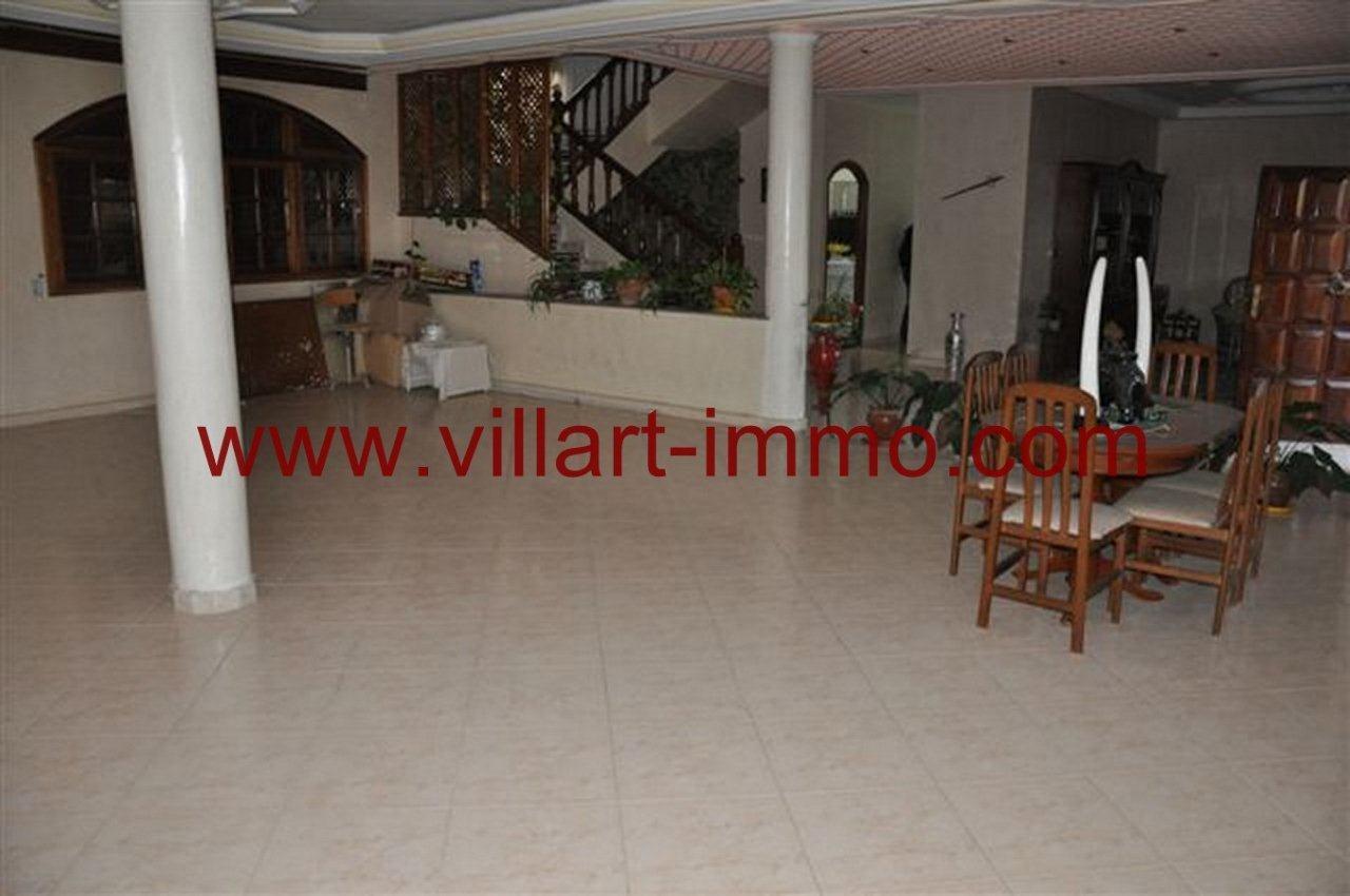 3-Vente-Villa-Tanger-California-Salon 2-VV218-Villart Immo