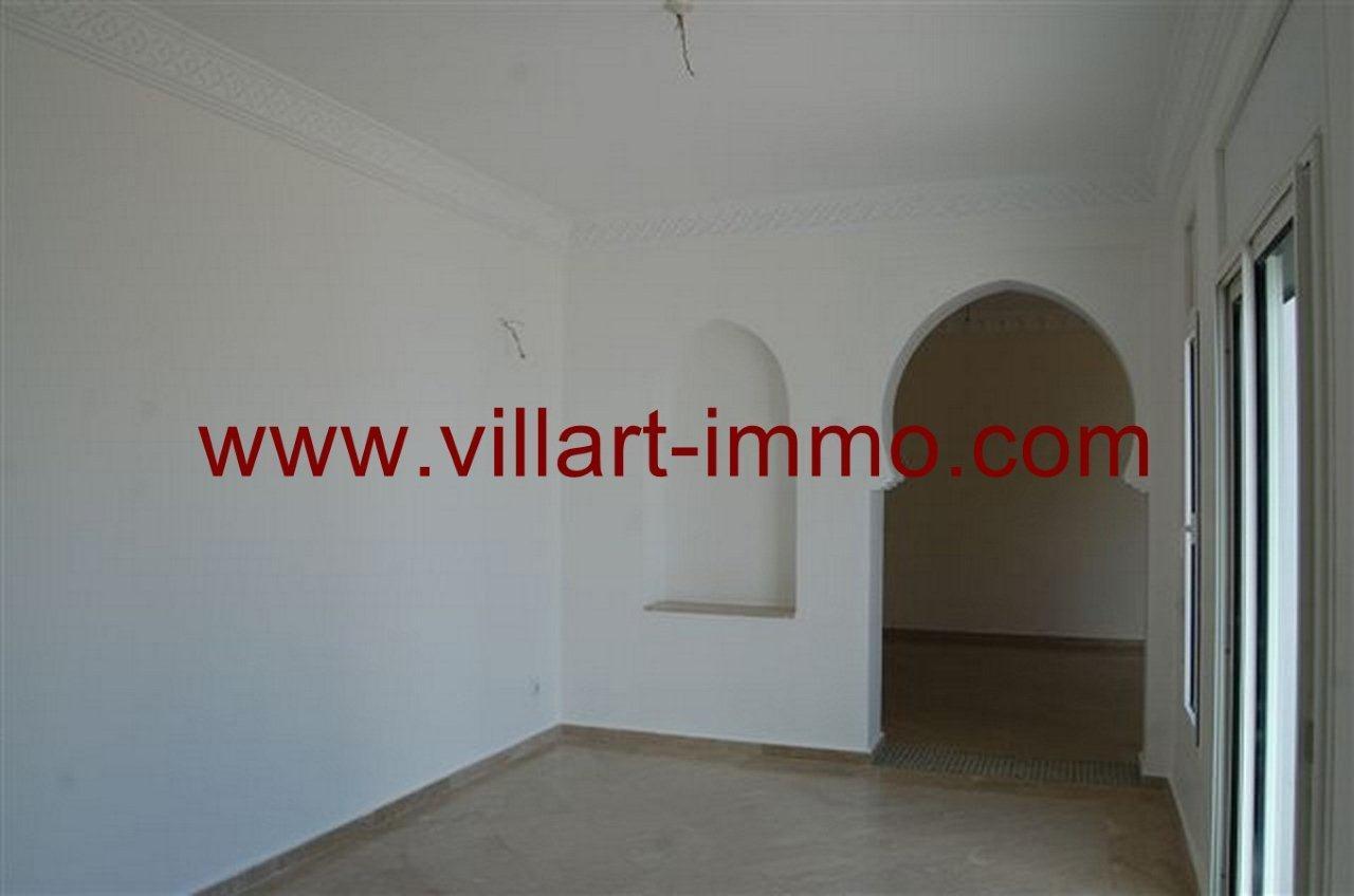 4-Vente-Villa-Tanger-Malabata-Salon 1-VV236-Villart Immo