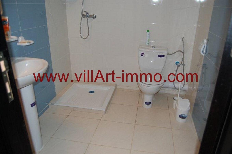 6-a-louer-appartement-meuble-tanger-salle-de-bain-l779-villart-immo