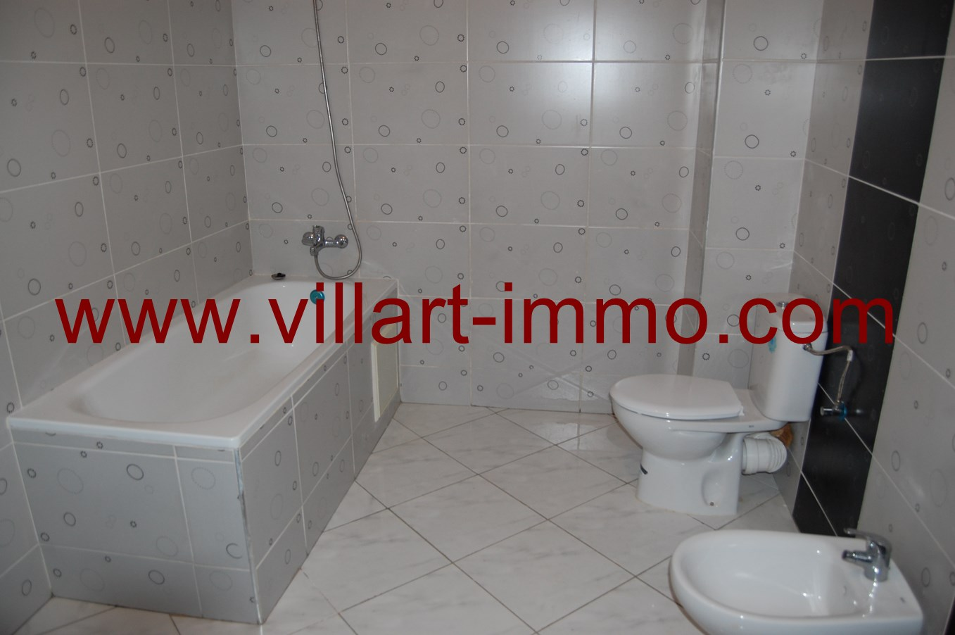 6-location-appartement-non-meuble-tanger-salle-de-bain-l641-villart-immo