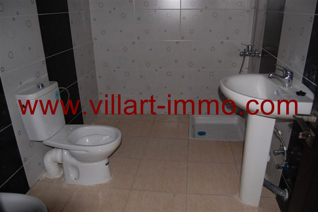 6-location-appartement-non-meuble-tanger-salle-de-bain-l644-villart-immo