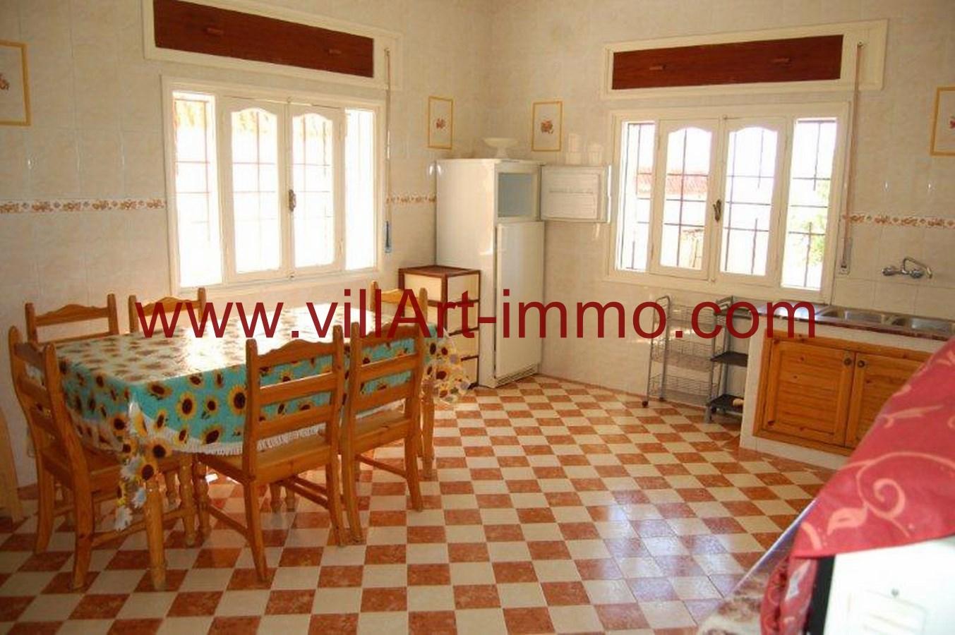 6-Location-Maison-Meublé-Tanger-Kser-Sghir-Coin-à-Manger-LV245-Villart-immo