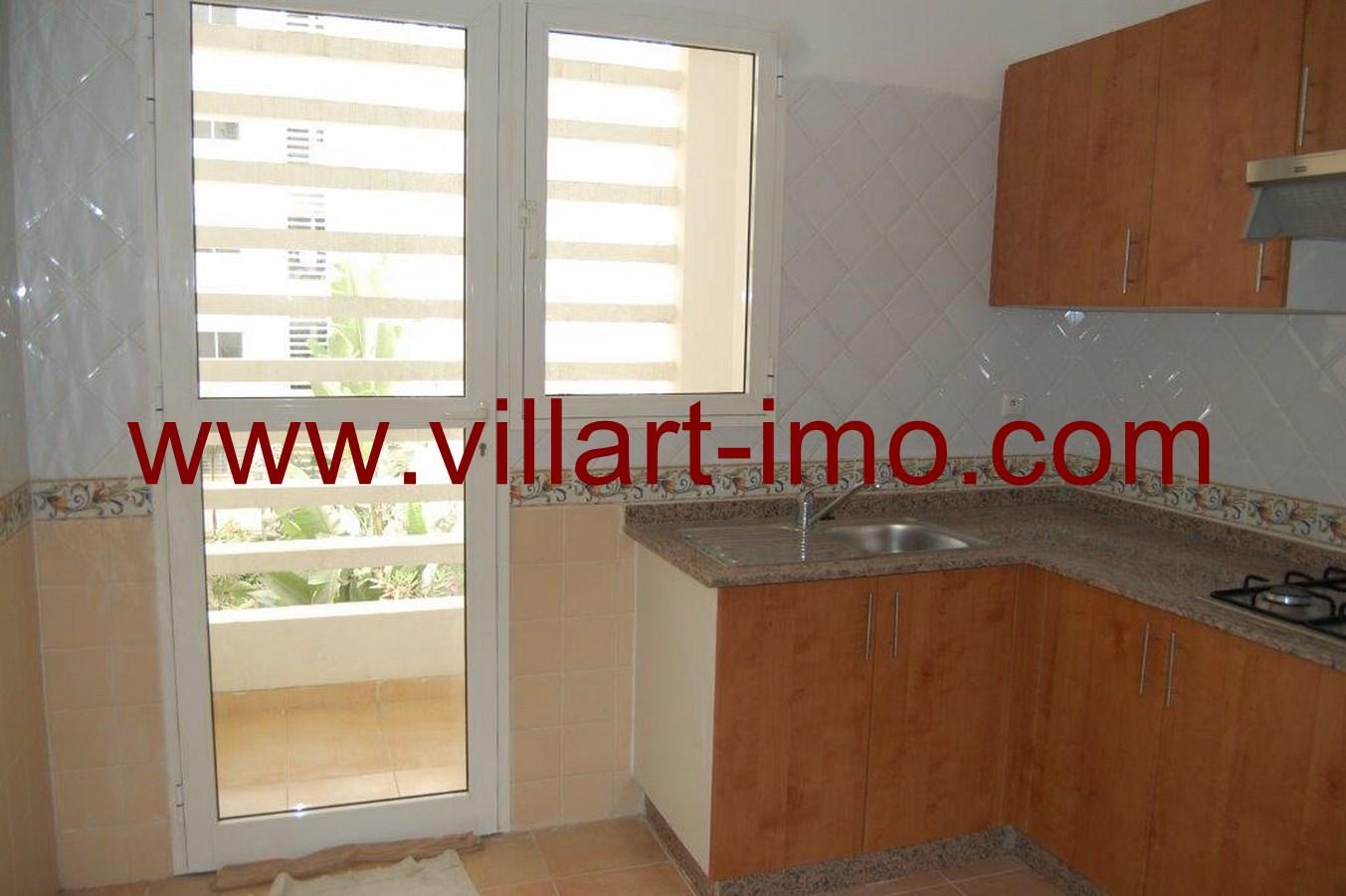 A louer bel appartement non meubl tanger villart for Location non meuble