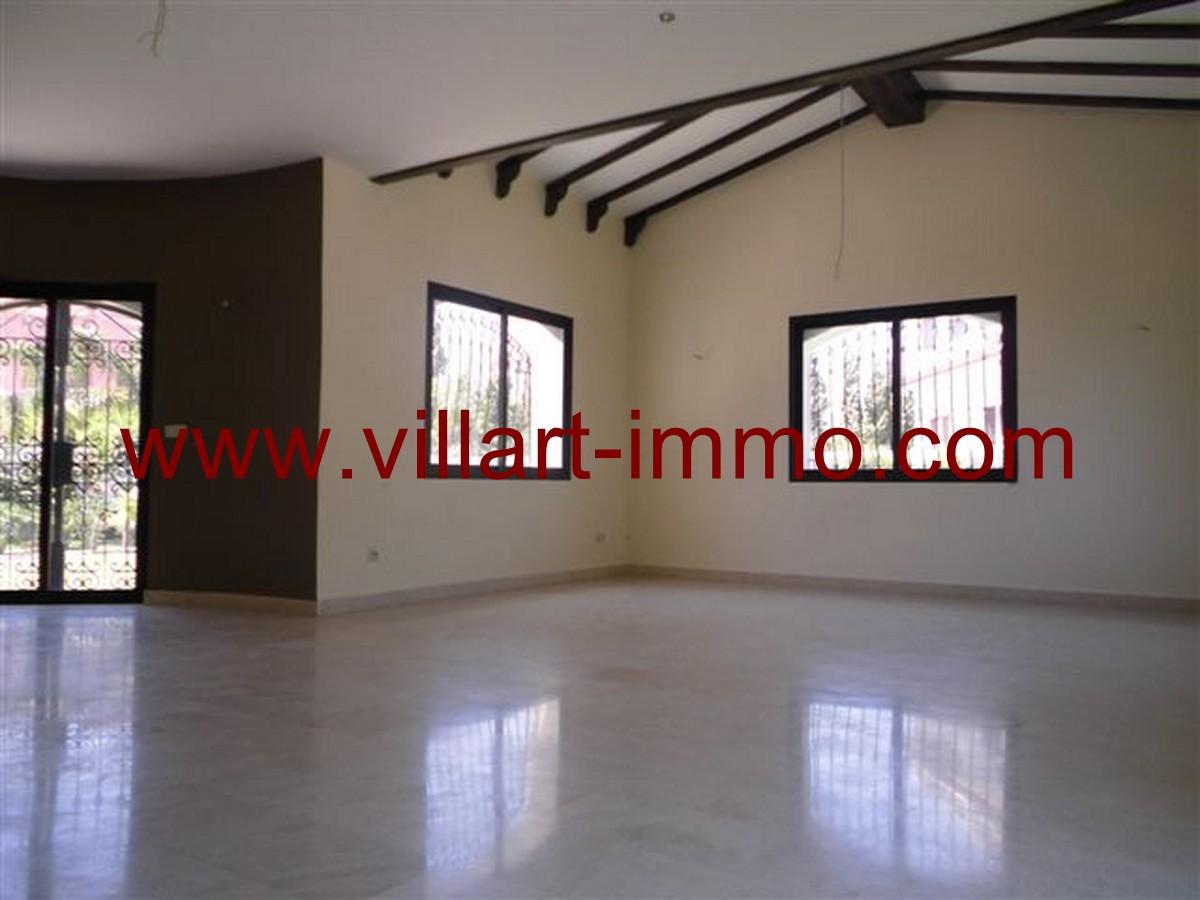 6-Vente-Villa-Tanger-Malabata-Salon 3-VV140-Villart Immo