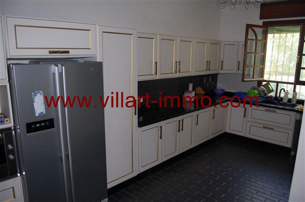 7-Vente-Villa-Tanger-La Montagne-Cuisine-VV235-Villart Immo