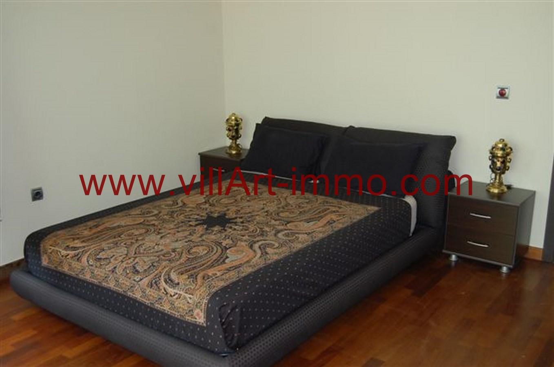 A louer superbe appartement bien meubl sur la baie de for Location appartement meuble