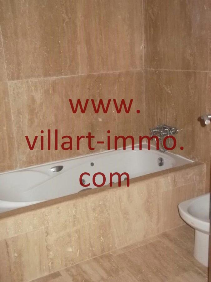 8-location-appartement-non-meuble-achakar-tanger-salle-de-bain-l794-villart-immo