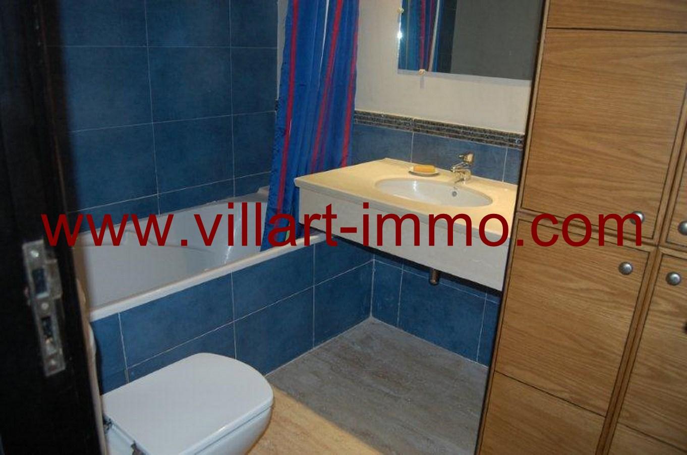 8-Location-Appartement-meublé-Tanger-salle de bain -L678-Villart-immo