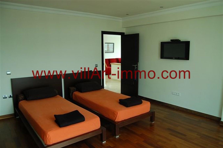 A louer superbe appartement bien meubl sur la baie de for Albert tremblay meuble la baie
