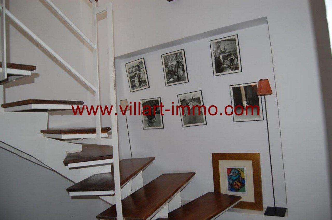 9-vente-maison-tanger-kasbah-escaliers-vm348-villart-immo
