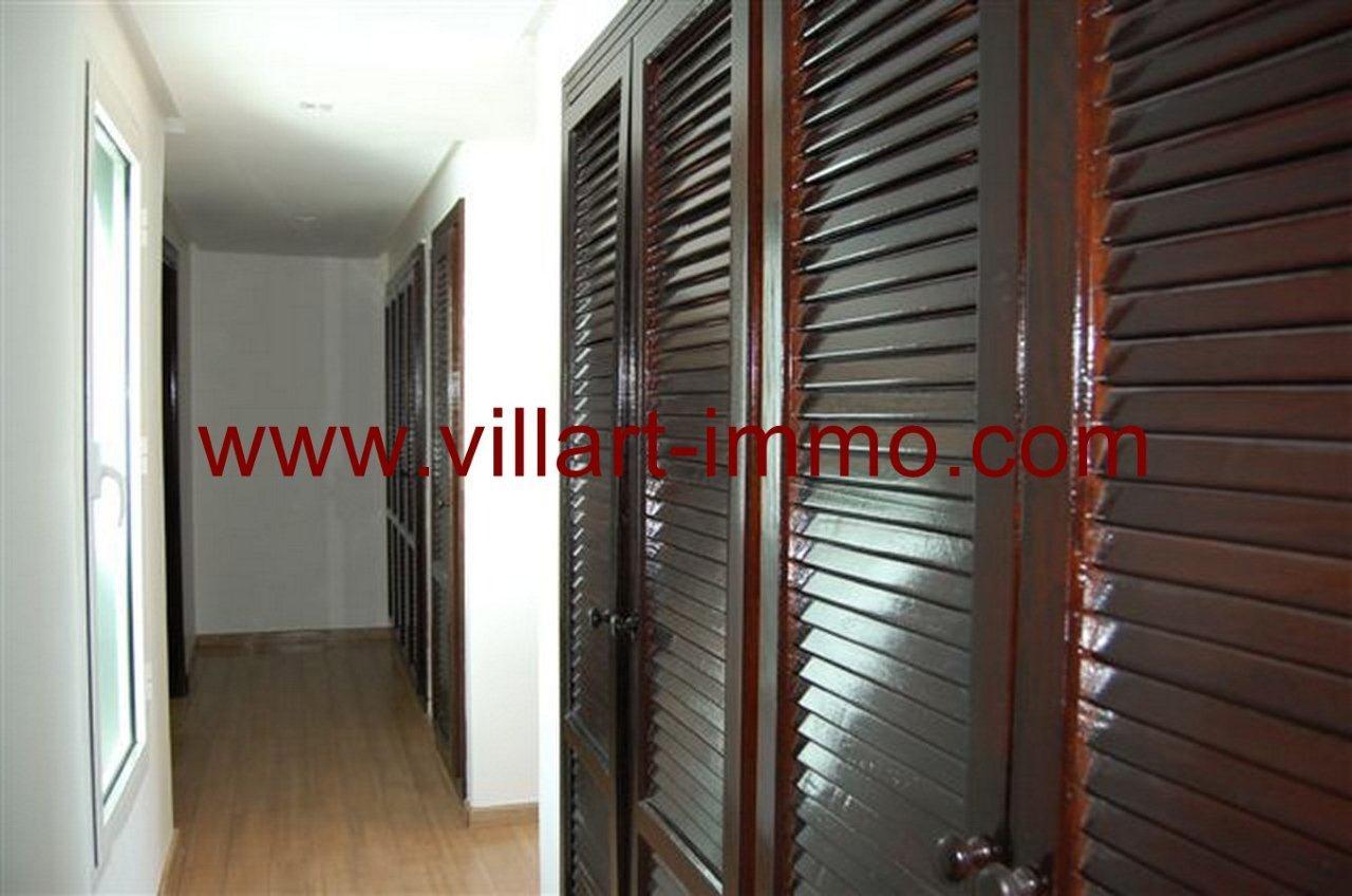 9-Vente-Villa-Tanger-Malabata-Dressing-VV236-Villart Immo