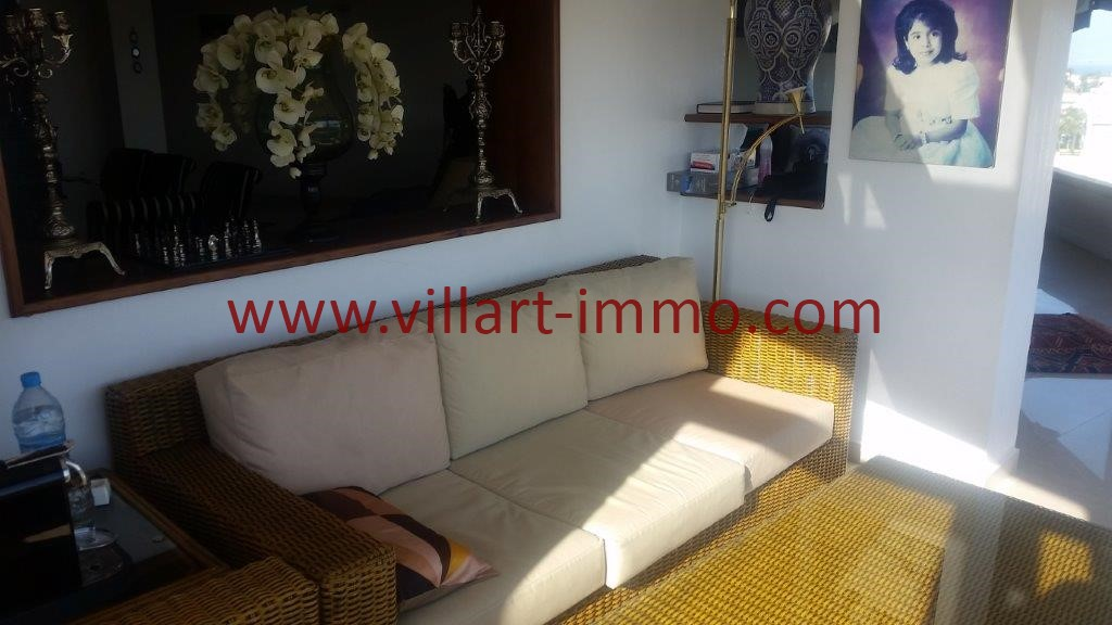 10-Location-Tanger-Appartement meublé-Iberia-Salon-L1027