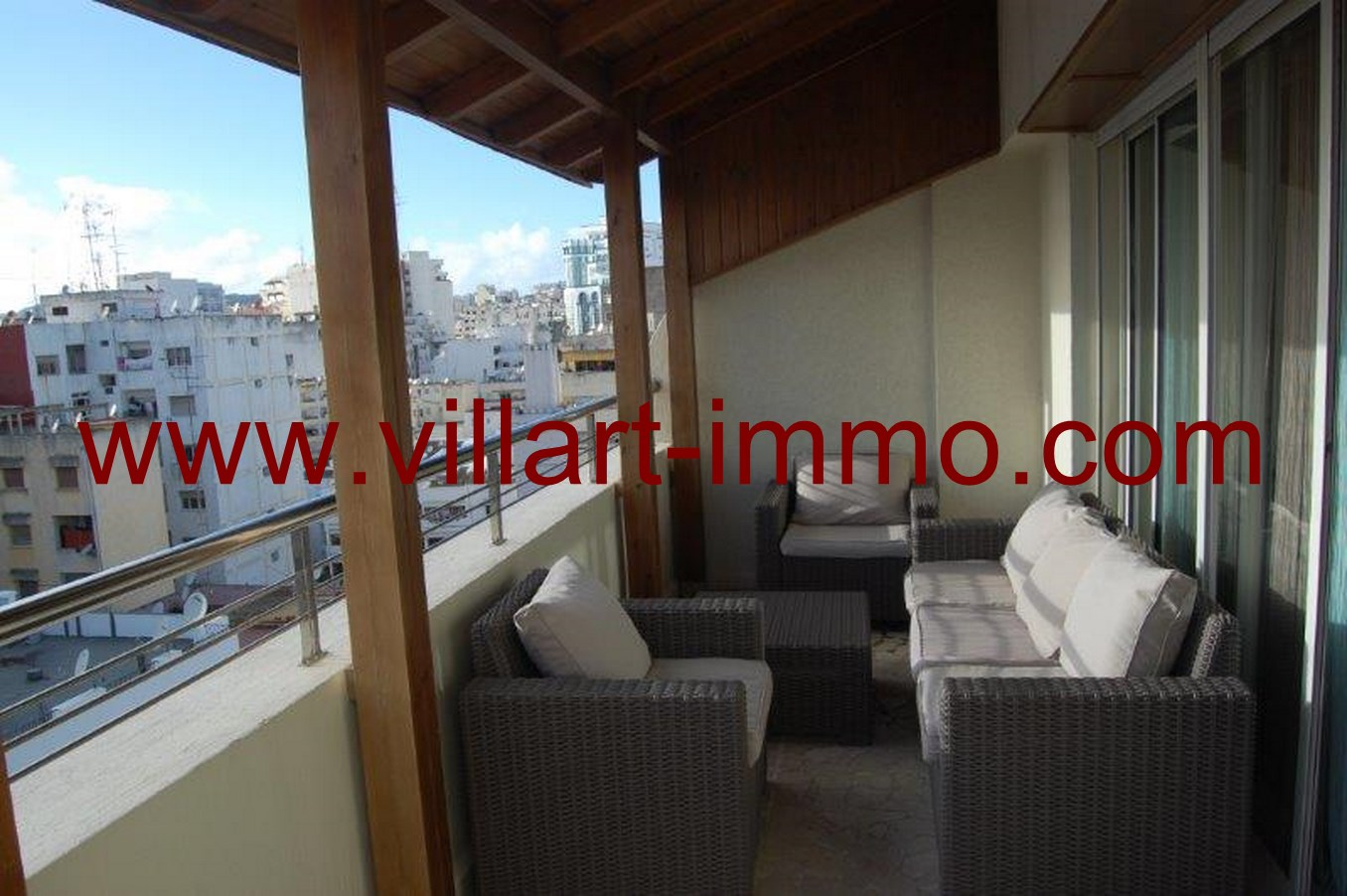 3-Location-Tanger-Appartement-Meublé-L622-Centre-Ville-Terrasse