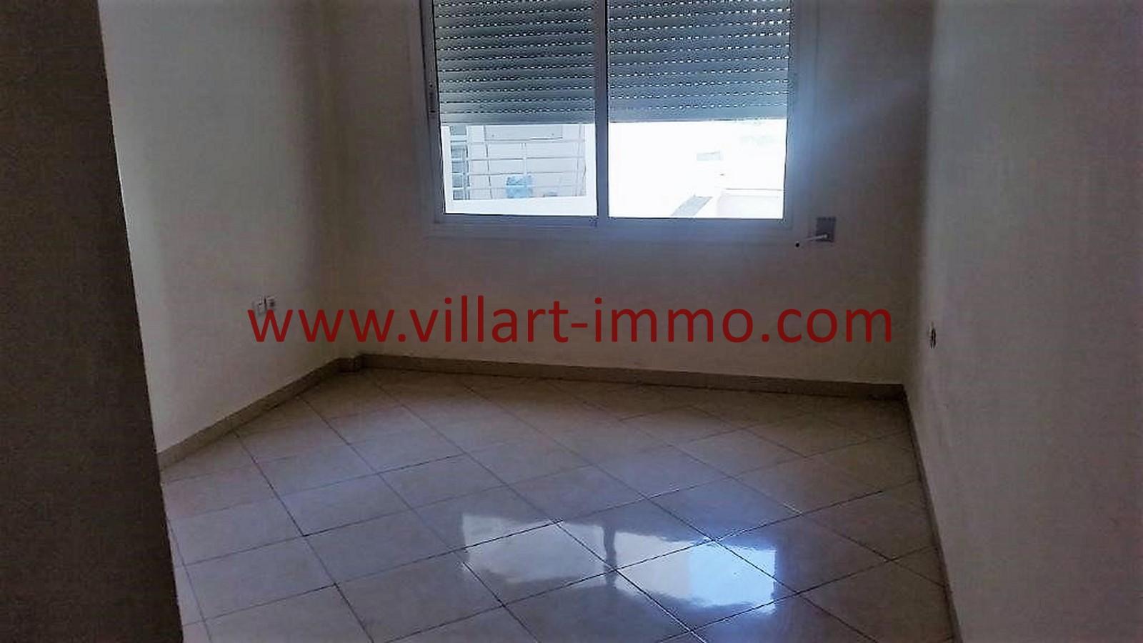 5-A louer-Tanger-Appartement-Non meublée-Centre ville-Chambre-L1029